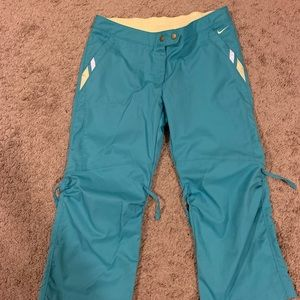 Nike cropped pants for women